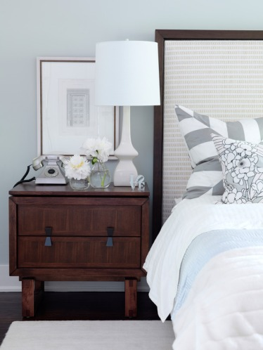 FLSRA203FL_cream-and-silver-contemporay-bedroom_s3x4_lg