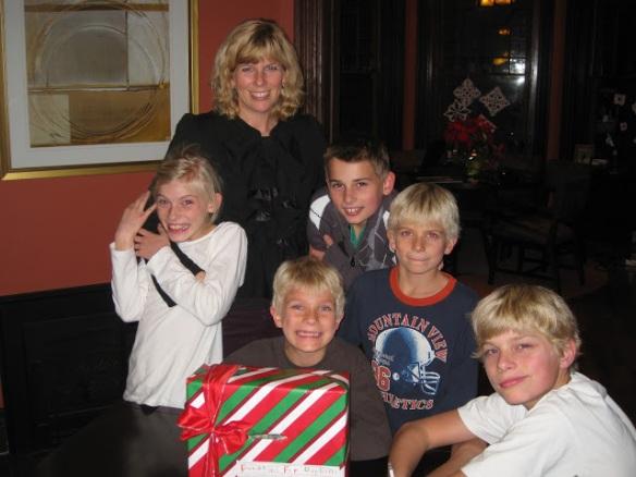 Saren and kids after Christmas charity concert